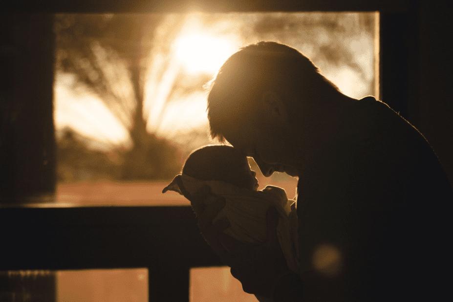 sleeping father and baby on Sleepy Bub's post on dad's early involvement
